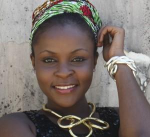 Model: Katia Ali