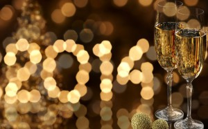 New_Year_wallpapers_Two_glasses_of_champagne_Happy_new_year_2014_051644_